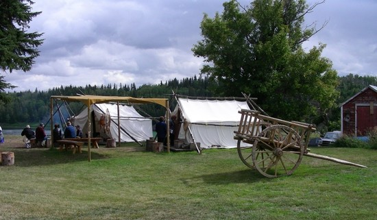 metis_trapper_tents_2_large