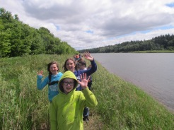 school-children-enjoy-beaver-birch-trail-at-metis-crossing