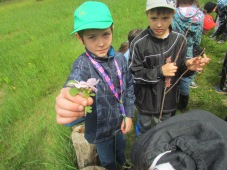 school-children-enjoy-the-nature-walk-tour